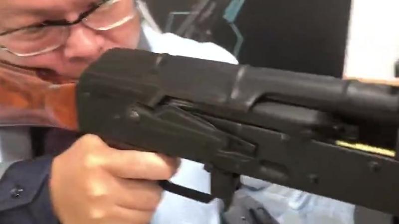 По заявлению RAA на видео новинка - ЕВВ калач от LCT с новой системой блоубека....