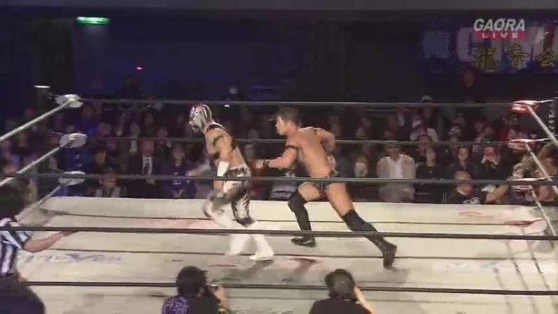 Naruki Doi Masato Yoshino Jason Lee c vs YAMATO La Flamita Yosuke Santa Maria Dragon Gate Champion Gate 2018 in Osaka