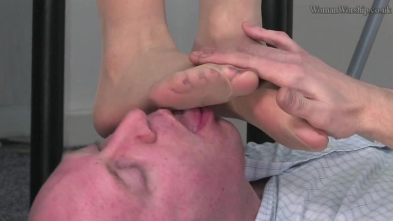 фут фетиш офис trampling femdom nylon footfetish footworship footjob slave sniff feet