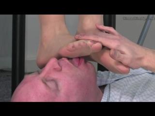 фут фетиш офис trampling femdom nylon #footfetish #footworship #footjob #slave #sniff #feet
