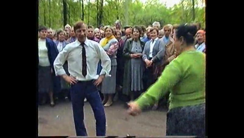 Русская пляска на кругу Москва Измайловский парк 1992 г