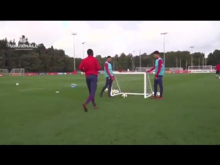 Trent Alexander-Arnold. England U21 training