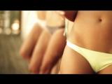 Горячие девочки показывают свои упругие попки на пляже [эротика красивая попа купальник не порно секс]