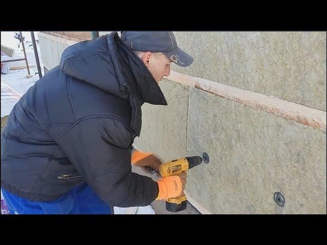 Как правильно утеплить стены из бруса и натянуть ветрозащитную мембрану
