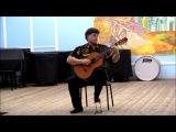 Сергей Гаврилов (гитара) играет