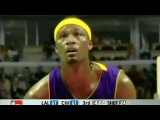 Kwame Brown Plays Very Aggresive vs. Bulls and Big Ben. (19.12.2006)+TWO DUNKS ON DUNCAN!