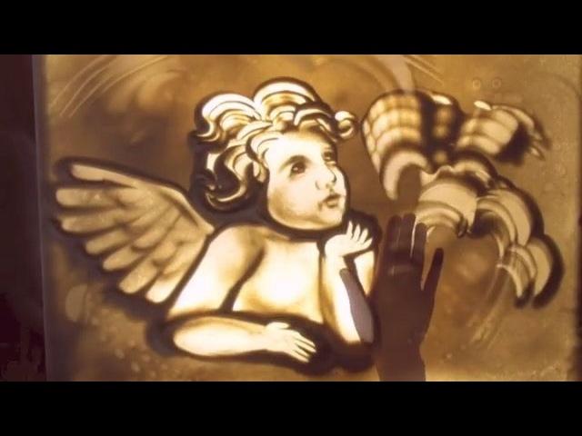 """Сола Монова on Instagram: """"Весеннее солнце лучами косыми Песку придает изумительный вид. В песочнице - мама, два маленьких сына И маленький ангел о..."""