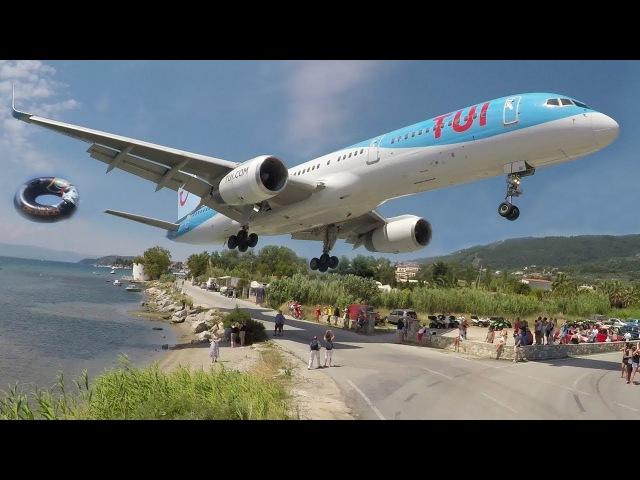 WOW! Skiathos - BOEING 757 JETBLASTS away some people