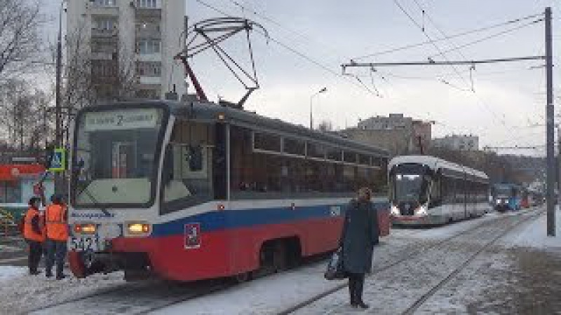 Неисправный трамвай 71-619 (КТМ-19) №5421 парализовал движение других трамваев!