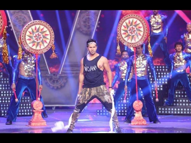 Varun Dhawan's Electrifying Performance At Miss India 2016
