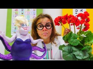 Sema'nın yüzü kızarıyor. Çizgi film oyuncaklar ve #Barbie ile #doktoroyunu. En güzel #kızoyuncakları