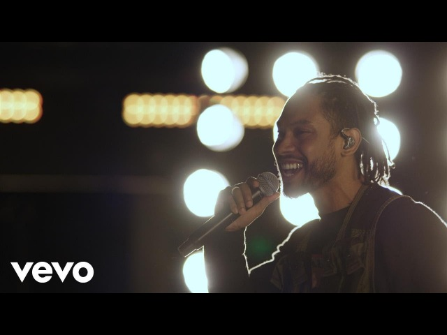 Miguel - Sky Walker – (Live on the Honda Stage at the iHeartRadio Theatre LA)