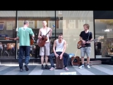 Уличные музыканты / Street musican Brothers Moving - Hold on to your hiney