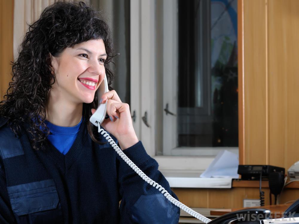Респондентам часто поручено управлять вызовами в телефонной системе УАТС.