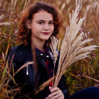 Катя Деева