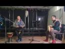 Рустем Бари играет на дарбуке AUzunov Percussion