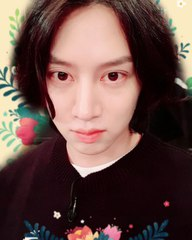 "Kim Hee Chul on Instagram: ""오늘 보면 안되나용?🤣🍶🍺 #인생술집 #TVN #안되나용 #김영철"""