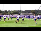 Watch Frank Lampard join Chelsea Under-18s for an epic game of keep-ball! ?