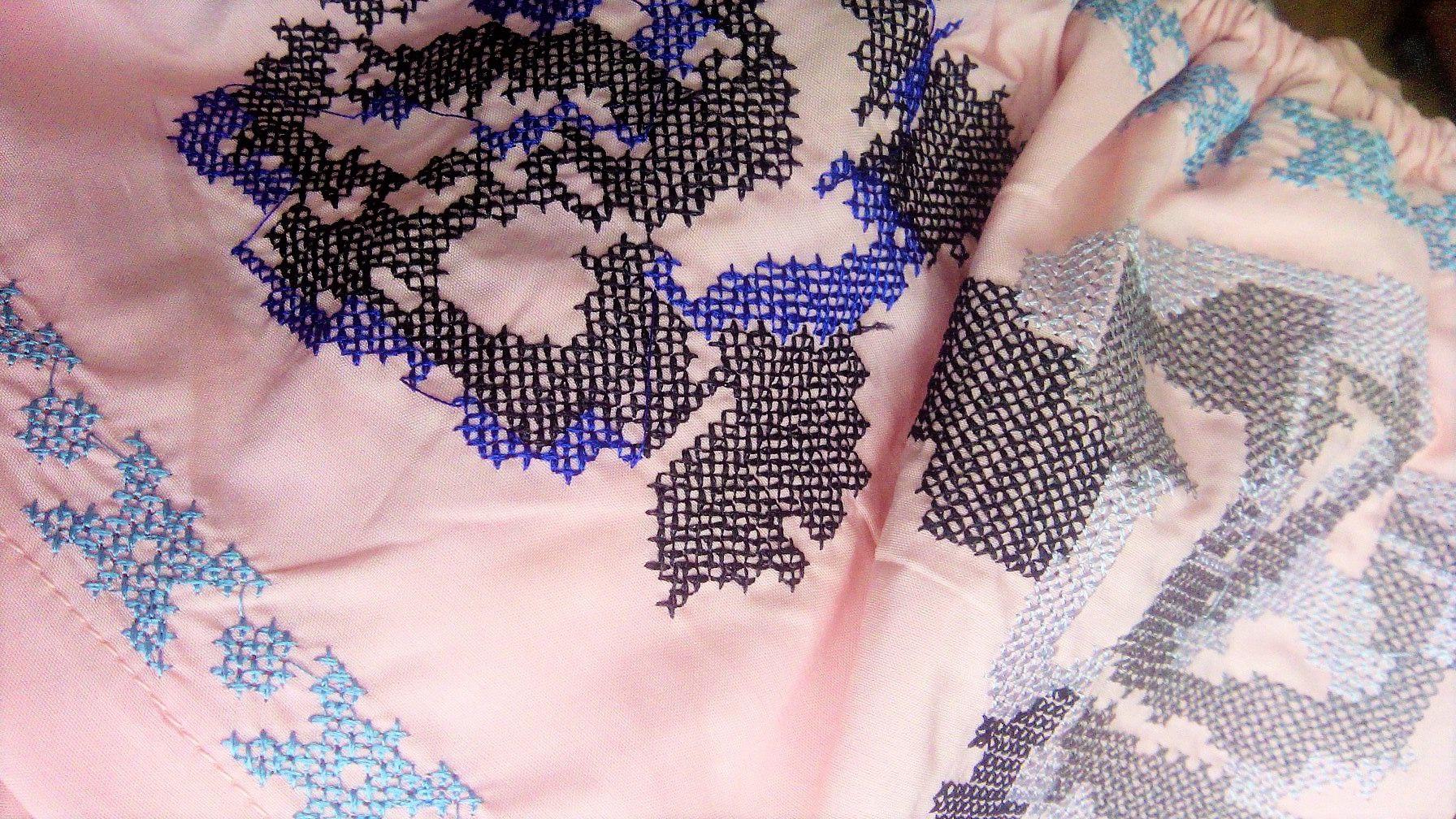Шикарный топ с вышивкой и кружевом от магазина Fogimoya Store
