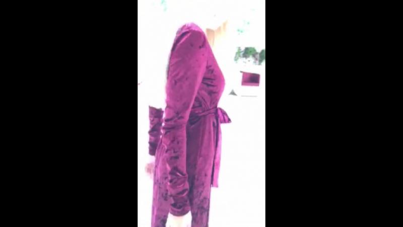 0179 Платье 🌸  🔸Р-ры S, M, L 🔸Длина 158 см 🔸Материал мрамор-бархат  🔸Цвет изумруд,серый,пудра,марсал,беж   Цена Опт 24,