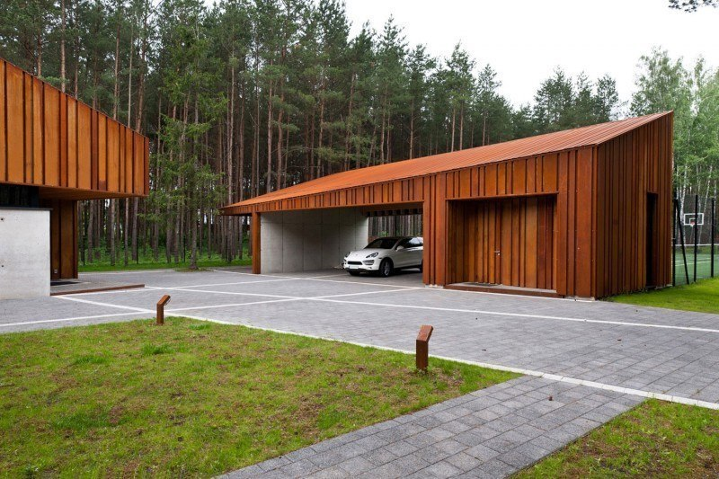 A House in the Woods of Kaunas by Studija Archispektras
