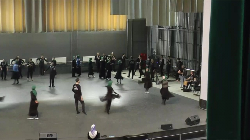 Танцевальный ансамбль Вайнах. ансамбль_танца_Вайнах закулисами репетиция