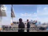 В Казахстане водитель-неудачник въехал на чужом Rolls Royce в витрину