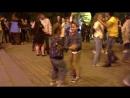 Какие-то дети танцуют на Ночи Музеев Хабаровск