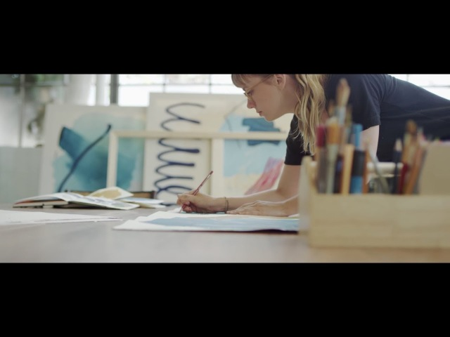 OtterBox | Pass It On: San Francisco with Heather Day