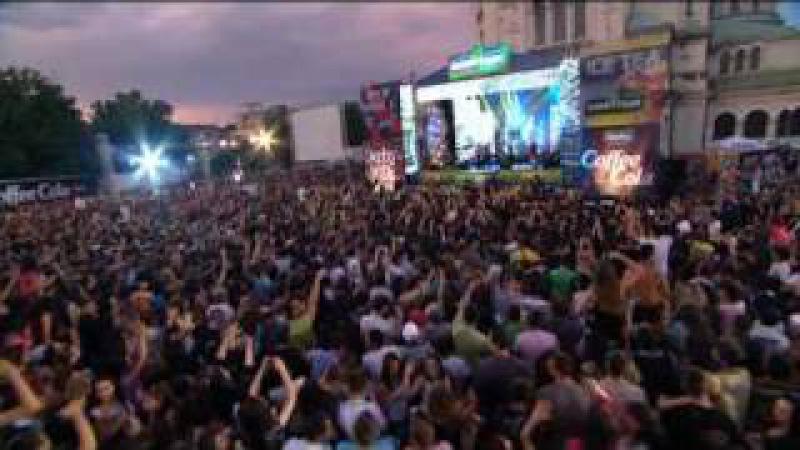 ANDREA SAHARA NEBLAGODAREN live from 20 GODINI PAYNER Super CROWD
