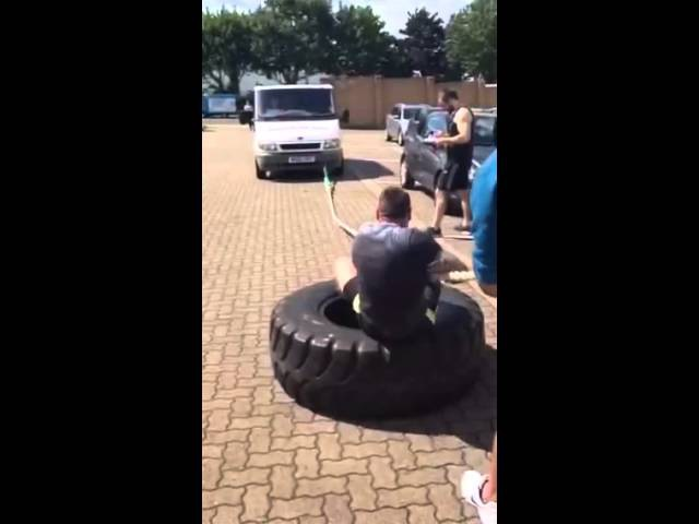 Viva Athletic's Dean Barker competing at England's 2015 Strongman Competition-Van Push and Pull