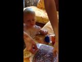 Развивающая игрушка для ребенка в год (развитие мелкой моторики)