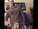 Брайан Краузе танцует под Майкла Джексона (720p).mp4