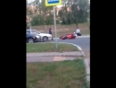 Анонимно пожалуйста На Лесной мотоциклиста в наручники заковали