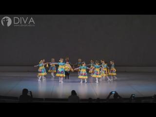 Детские современные танцы, группа 5-7 лет с номером