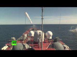 Самые зрелищные моменты учений Северного флота