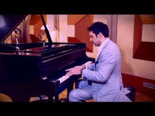 Кавер на пианино песни Childish Gambino - Redbone Piano Cover by Scott Bradlee