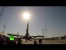 Установка ракеты с пилотируемым кораблём на стартовой площадке Байконура за 50 секунд