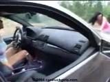 Как девушки на машинах застревают в грязи