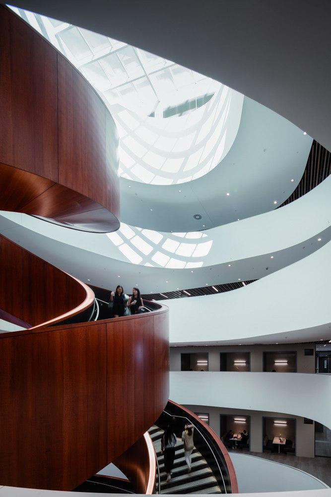 University of Sydney Business School / Woods Bagot