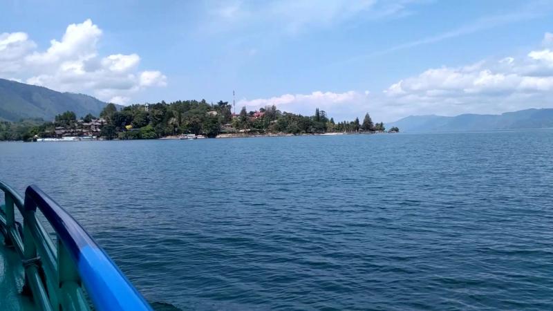 Toba_o.Sumatra_o.Tuk-Tuk