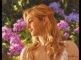 Danielle DARRIEUX - Petite fleur
