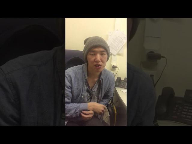 Вадим Васильев в полицейском участке утверждает, что сам упал на штатив