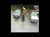 The naked girl came to the car wash\ Девушка на спор приехала голой на автомойку