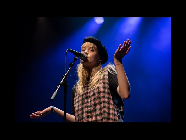 CRY ME A RIVER ANGÈLE Live @ Radio 1 Vrouwen Sessie