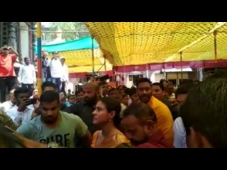 "KAJOL DEVGN on Instagram: ""Bollywood's Sigham Ajay Devgan witnessed Ambatta's visit to Shahkutumba in Kolhapur today. Ajay Devgn, Devgan's wife Kaj..."