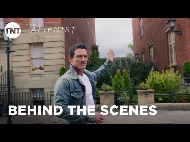 The Alienist: Building the Gilded Age with Daniel Brühl Luke Evans - Season 1 [BTS] | TNT