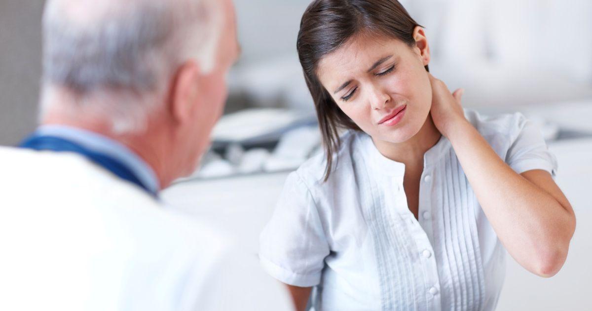 Причины боли в области шеи
