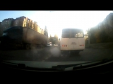 Воронеж. Маршрутчики, как так можно вести себя на дороге?