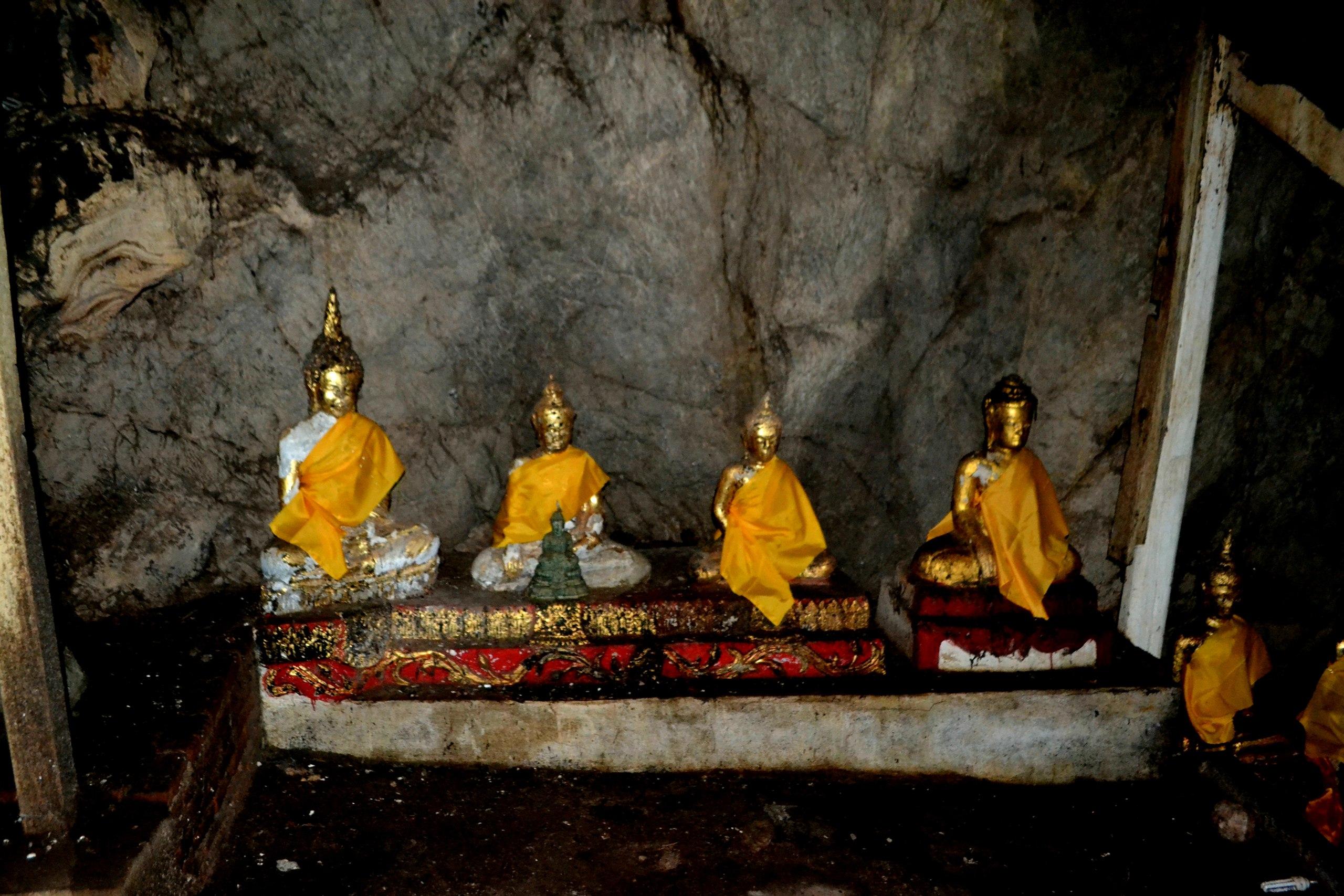 Елена Руденко (Валтея). Таиланд. Таиланд. Paтчaбуpи: Пещера страха, Пещера мышей, Буддийский храм FIKKuPMblHs